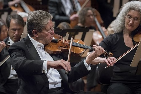 SF Symphony plays Bach and Shostakovich